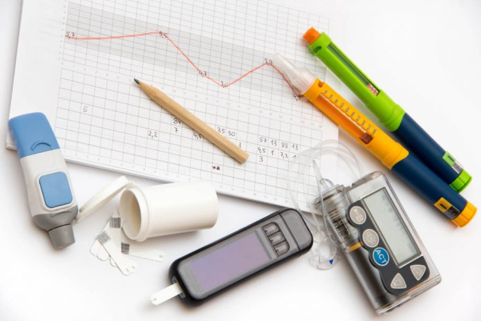 advantage and disadvantage of insulin pump technology that